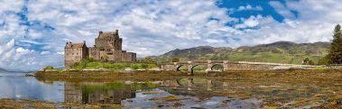 Eilean_Donan_Castle_Panorama